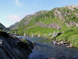 Hengebro ved nedre Kvålsdaltjørn